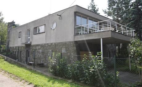 Funkcionalistická Šlapetova vila v Ostravě je od roku 2008 národní kulturní památkou