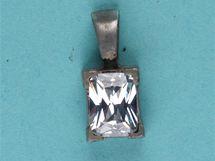 Šperky mrtvé ženy nalezené u Kdyně