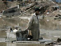 Záplavy v Pákistánu si vyžádaly přes 1600 lidských životů (15. srpna 2010)