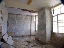 Modrá ložnice před rekonstrukci