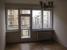 Dětsky pokoj s balkonem. Vyrůstal zde dnešní majitel, pak jeho synové.