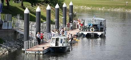 Slavnostní otevření přístaviště Lannova loděnice v Českých Budějovicích (25.8.2010)