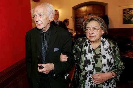 Zygmunt Bauman s manželkou v Praze, 2006