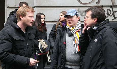 Ze seriálu Kriminálka Staré Město (M. Hádek vlevo)