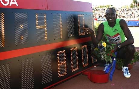 Keňský běžec David Rudisha na mítinku v italském Rieti vylepšil týden starý vlastní světový rekord na 800 metrů dlouhé trati.