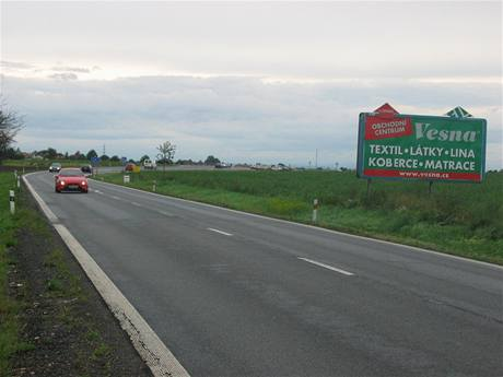 Nebezpečný billboard u Medlešic