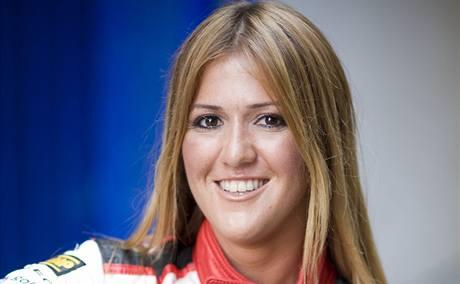 Turecká spolujezdkyně Cicek Guneyová.