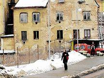 Proluka mezi Paláci Dunaj a Syner v Liberci.