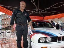 Barum Rally Zlín 2010: Enrico Bertone před závodním vozem BMW. (26. srpen 2010)