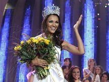 Miss Supranational 2010 Karina Pinillaová z Panamy
