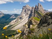 Pohled z vrcholu Seceda (2 518 metrů) nabízí dolomitské velikány v plné kráse