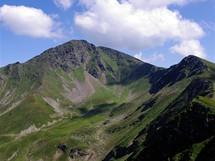 Rumunsko. Druhý nejvyšší vrchol Rodny Ineu (2279 m)