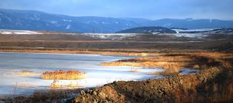 Jezero Milada v zimě.
