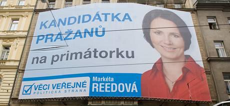 Volební billboard kandidátky Věcí veřejných na primátora Markéty Reedové.