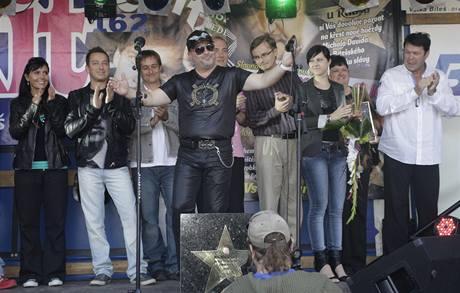 Michal David si přebral hvězdu ve Velké Bíteši v doprovodu svých kolegů