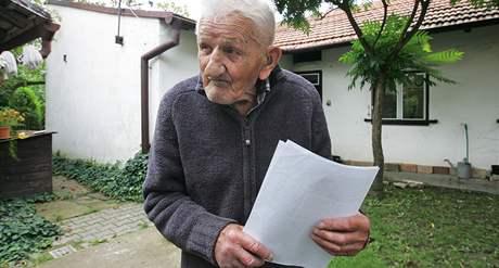 Stanislav Spáčil kandiduje ve svých 102 letech za KSČM v Křenovicích