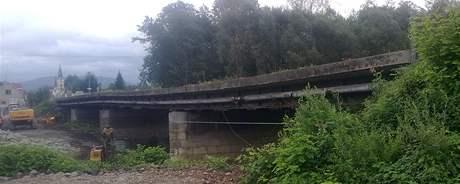Most v Bašce poničený letos v květnu.