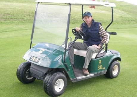 Tomáš Kužela, head greenkeeper golfového hřiště Karlštejn.