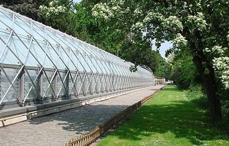 Zahrady slouží pro pěstování květin pro výzdobu Hradu