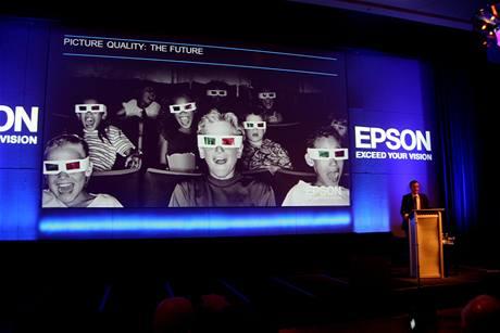 Epson říká, že pro 3D projektory zatím není dostatek obsahu ani odpovídající technologie