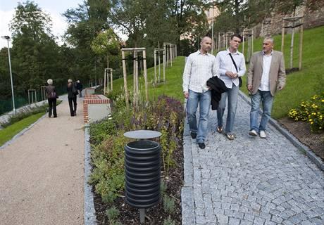Nově zrekonstruovaná zahrada Ztracenka na Albertově