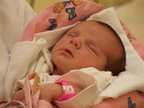 Malá Justýnka v pořádku přečkala operaci srdce své matky.