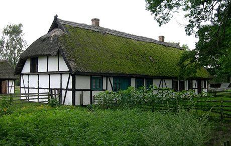 Polsko. Kluki, skanzen slowinské vesnické architektury