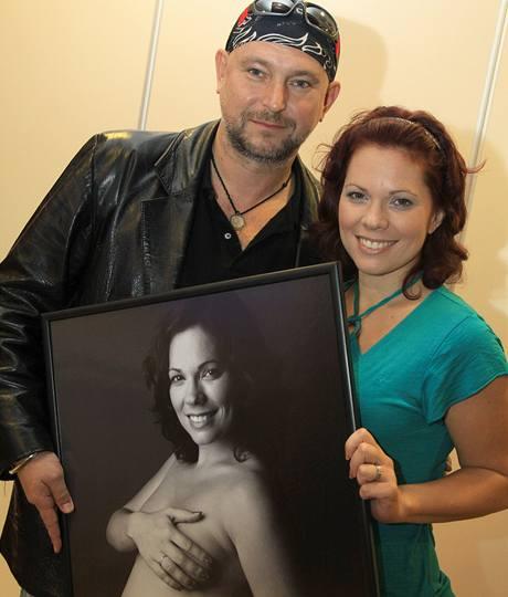Michaela Nosková s autorem fotografie Jakubem Ludvíkem