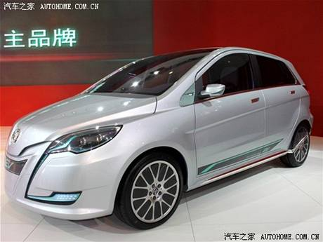 BAW C30 - převlečený Mercedes B