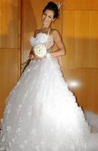 Carmen Flora - nevěsta s kyticí