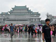 Severokorejský nácvik oslav přerušil déšť