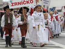 Kroměříží prošel v sobotu na oslavu letošní sklizně tradiční dožínkový průvod.
