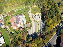Letecký pohled na úvodní část jihlavské zoo