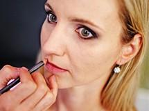 Silvie Církvová.prochází proměnou - make-up