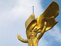 V centru Ašgabatu už zlatá socha diktátora Nijazova nestojí