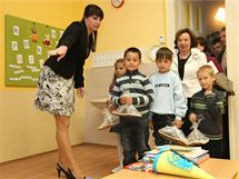 První dáma Livia Klausová na návštěvě základní školy v Pivíně na Prostějovsku u příležitosti prvního školního dne.