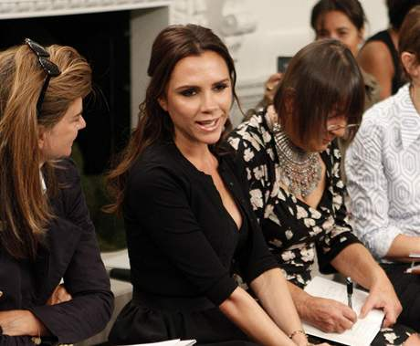 V New Yorku nechyběla ani samotná návrhářka Victoria Beckham