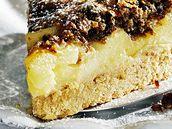 Westfálský koláč s ořechovou drobenkou.