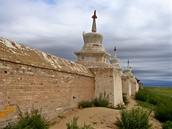 Ráno u klášterní zdi Erdenedzú