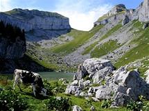 Švýcarsko. Ilustrační foto (Lac de Mayen nad Leysinem)