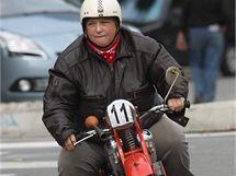 Motocykl na přehlídce veteránů Ecce Homo ve Šternberku.