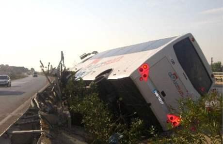 Nehoda autobusu s českými turisty v Turecku (23. září 2010)