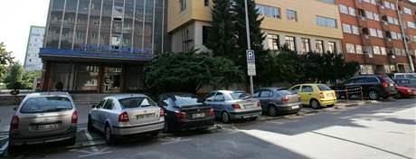Povodí Moravy si zaplatilo šestadvacet míst k parkování na ulici Dřevařská v Brně.