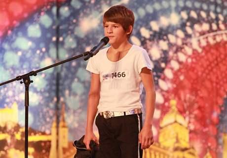 Jedenáctiletý František Šimčík z dětského domova v Lipové předvedl choreografii Michael Jacksona