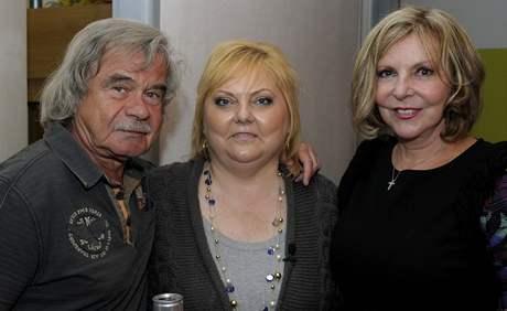 Petr Rezek a Hana Zagorová s paní Renátou