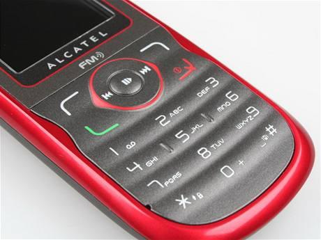 Recenze Alcatel OT-222 a OT-505 detail