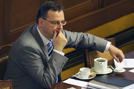 Premiér Petr Nečas měl 23. září 2010 ve Sněmovně premiéru v roli premiéra.