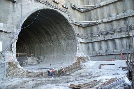 Cholupický tunel - Největší profil raženého tunelu