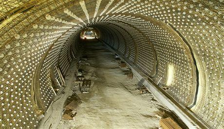 Cholupický tunel - Samonosná výztuž definitivního ostění