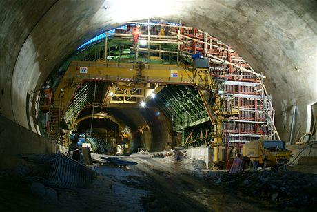 Cholupický tunel - Ocelový most bednícího vozu
